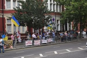 Ukrainian protesters outside of the Russian embassy.